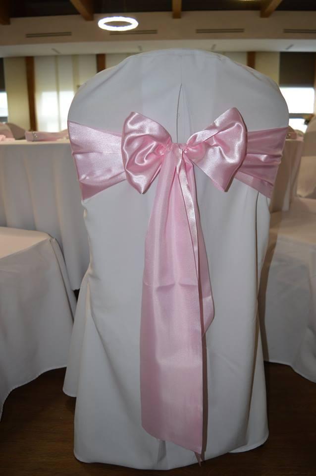 0b636a465d11 Ružové saténové mašle - Prenájom